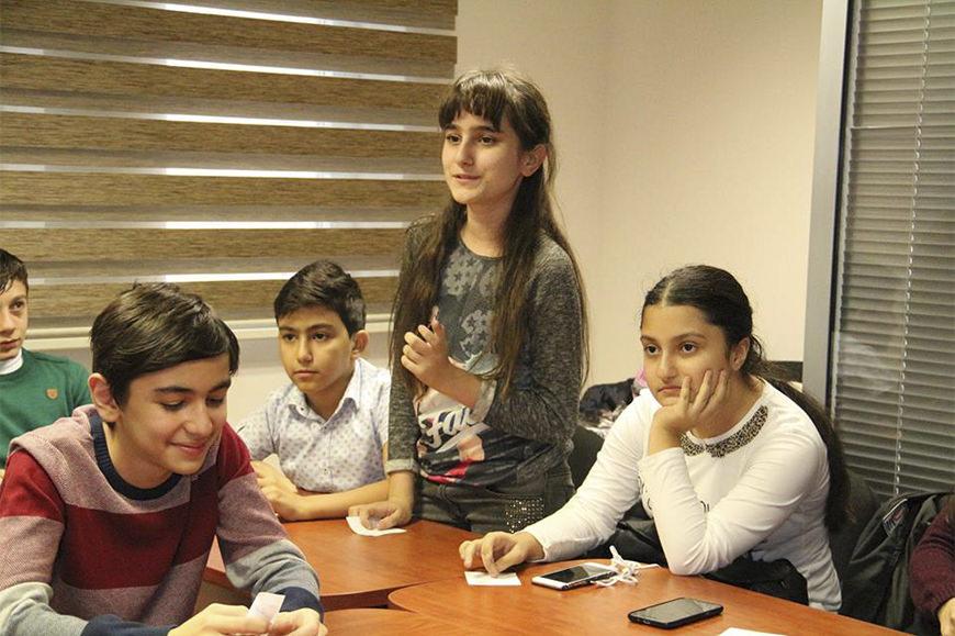 Uşaqlar Üçün İngilis Dili Kursu